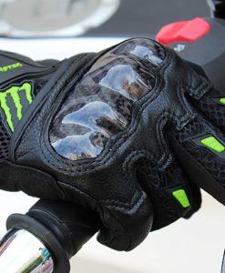 Găng tay Monster có gù