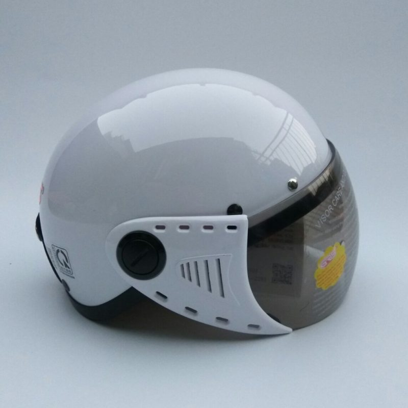 Mũ bảo hiểm xe điện có kính GRS A08K