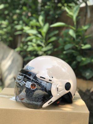 Dựa trên độ vừa vặn của mũ bảo hiểm xe đạp điện